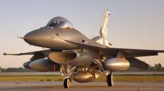 Polskie F-16 Block 52 teoretycznie mogłyby przenosić bomby termojądrowe