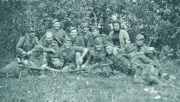 Żołnierze 4. szwadronu 5. Wileńskiej Brygady AK.