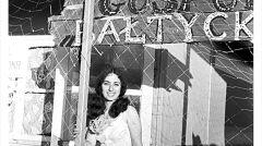 Sabina Baral (wtedy Binder) na ostatnim obozie studenckim przed emigracją