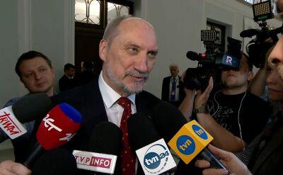 Macierewicz: wszyscy, którzy byli członkami WRON zostają pozbawieni tytułów generalskich