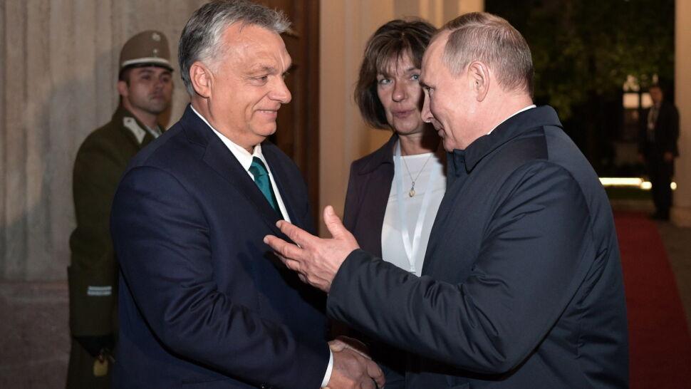 """Ósme spotkanie Orbana z Putinem  w ciągu sześciu lat. """"Liczy się tylko kasa"""""""
