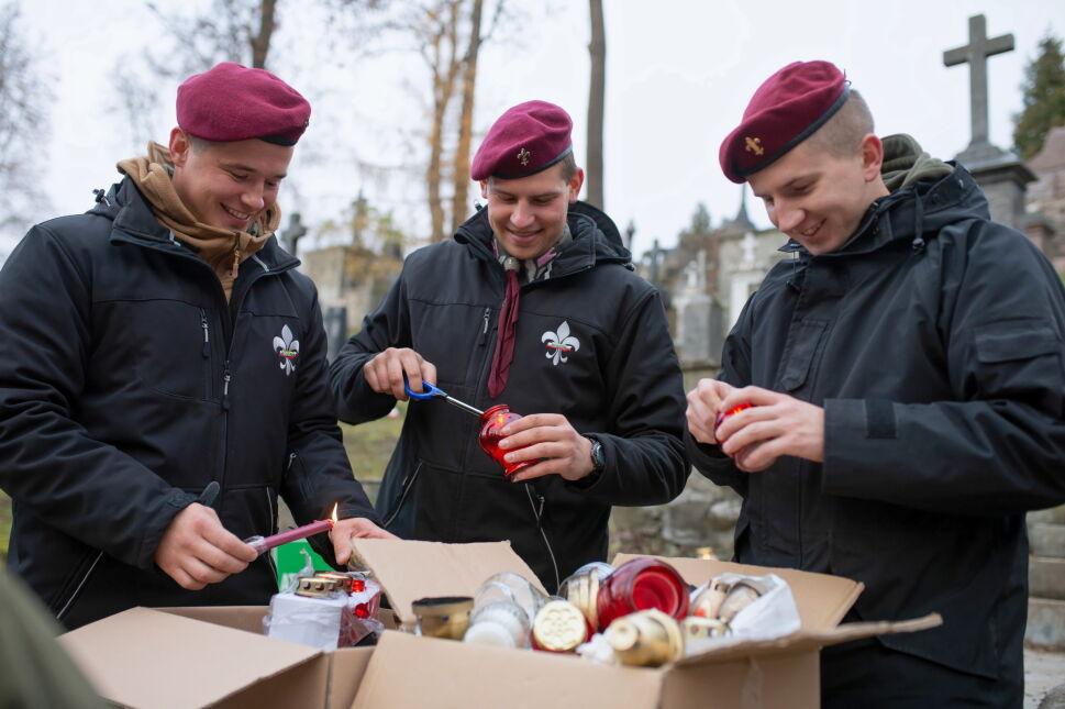 """Akcja """"Światełko dla Rossy"""" w Wilnie"""