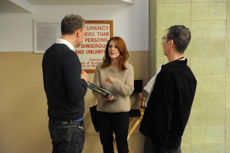 "Reżyser Wash Westmoreland, Julianne Moore i reżyser Richard Glatzer na planie ""Still Alice"""