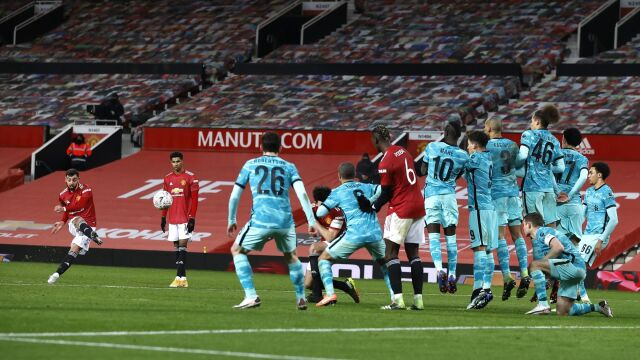 Widowisko w Pucharze Anglii. Czerwone Diabły ograły The Reds