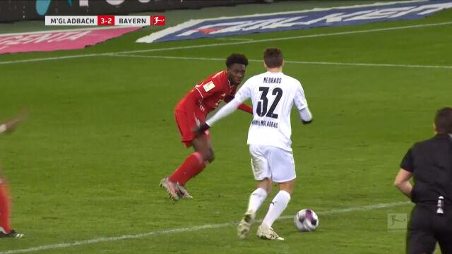 Skrót meczu Borussia Moenchengladbach - Bayern w 15. kolejce Bundesligi