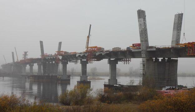 Most na Wiśle budowany z opóźnieniem