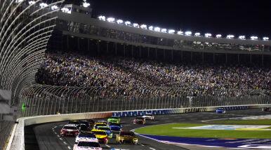 Siedem wyścigów w jedenaście dni. Wracają jako pierwszy sport w USA