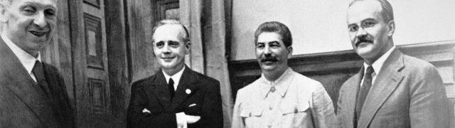 """Szef rosyjskiego wywiadu broni paktu Stalina  z Hitlerem, krytykuje """"pryncypialnych"""" Polaków"""