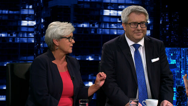 Czarnecki o ustawie dotyczącej obniżki emerytur wojskowych