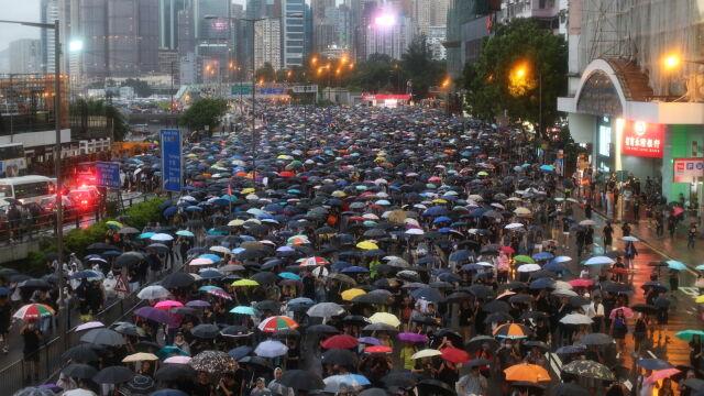 Prawie dwa miliony ludzi w parku Wiktorii. Władze Hongkongu mówią o 130 tysiącach