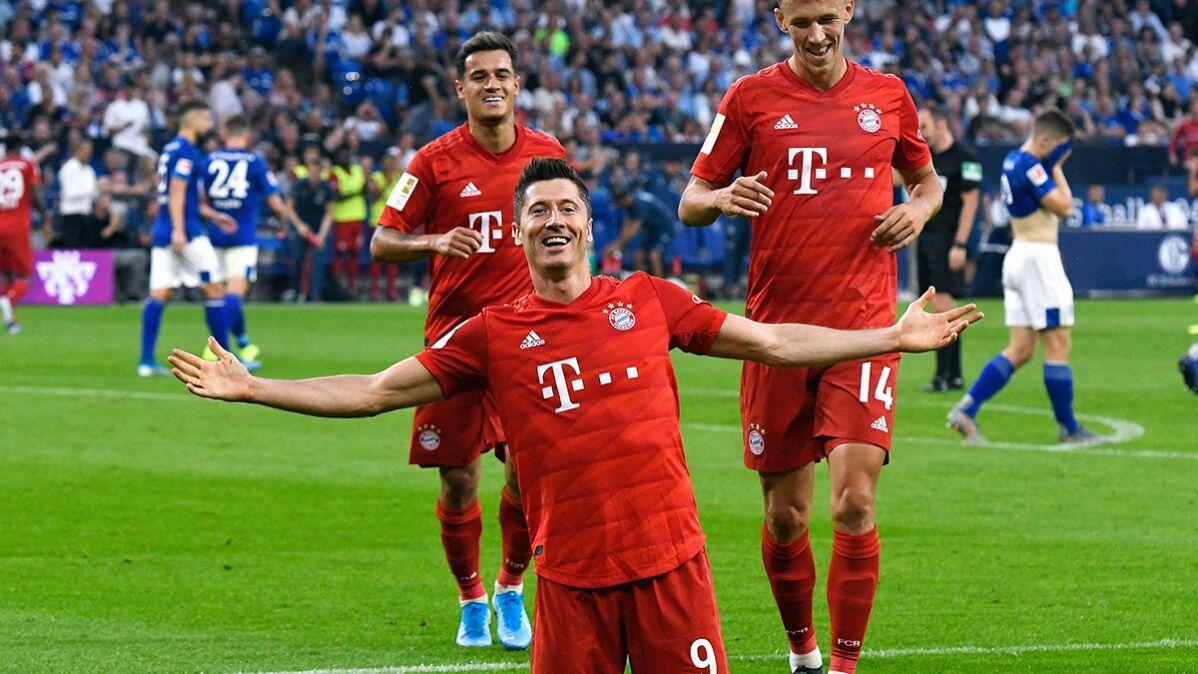 """""""Niesamowity zawodnik i osoba. Legenda"""". Lewandowski zaimponował Coutinho"""