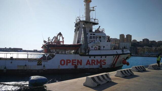 Hiszpania przyjmie tylko piętnastu pasażerów statku Open Arms
