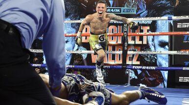 Padł na ring, wszyscy zamarli. Potężny nokaut w walce o tytuł