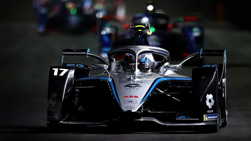 Prowadził od startu. Holender wygrał inauguracyjny wyścig w Formule E