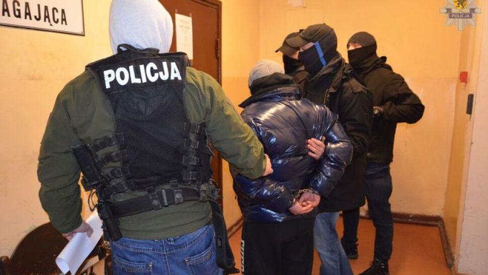 Zatrzymania za groźby, zarzuty, wnioski o areszt