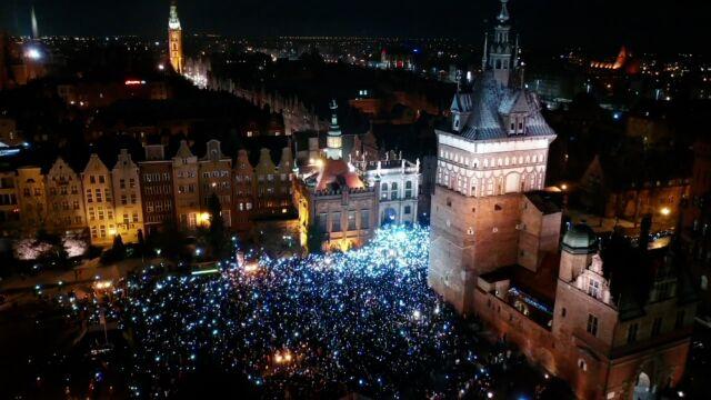 """""""New York Times"""": smutek i gniew zjednoczyły Gdańsk"""