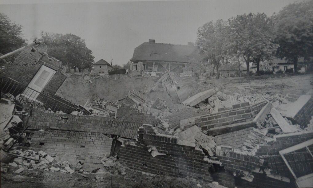 Zniszczenia na ul. Obrońców Stalingradu