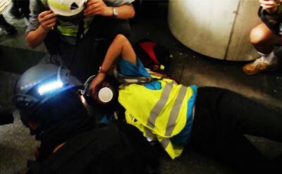 """""""Krzyczał by nie strzelali, ale policja strzeliła"""". Dziennikarka nie widzi na jedno oko"""