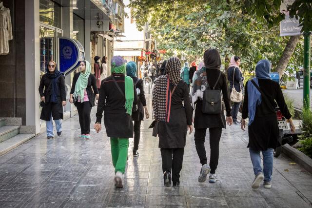 Irański prokurator nie chce kobiet na trybunach stadionów.