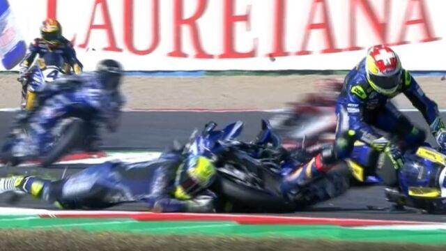 Poważna kraksa z udziałem trzech motocyklistów na Magny-Cours