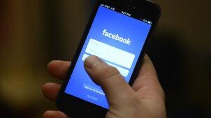 Facebook wprowadza zmiany. Policzy, ile czasu poświęcasz wpisom