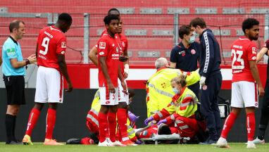 Błyskawiczna reakcja sędziego uratowała młodego piłkarza przed tragedią