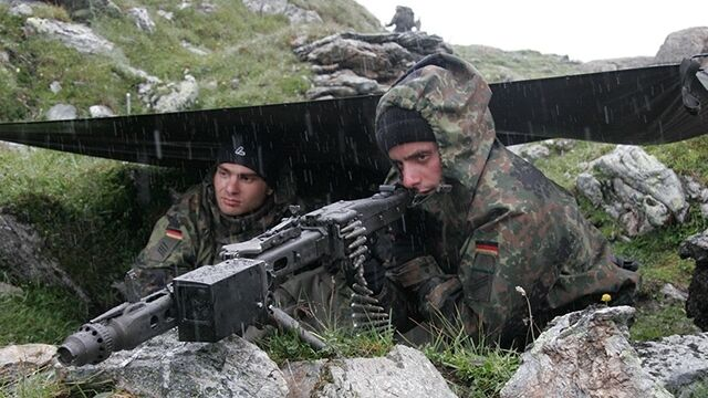 Niemiecka lewica nie chce wydawać więcej na obronność