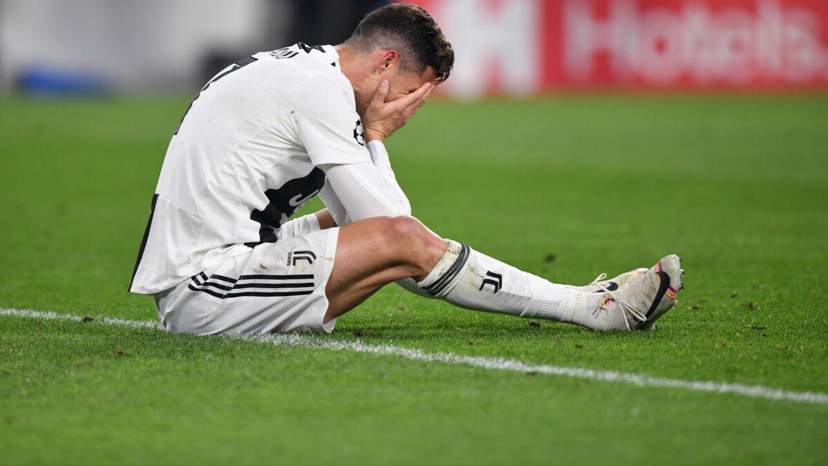 Ronaldo wzruszył się w czasie wywiadu. Pokazano mu nieznane nagranie z jego zmarłym ojcem