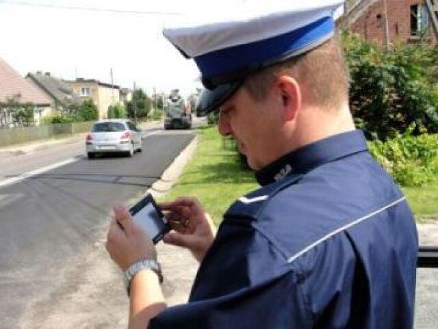 Policjanci ścigają za pirackie GPS