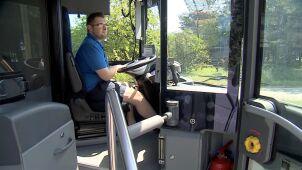 Wrocławskie MPK ułatwia pracę w upale. Kierowcy mogą jeździć w szortach