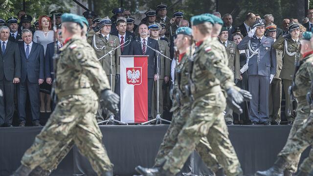 """Wielki zwolennik obrony terytorialnej krytykuje Macierewicza i odchodzi. """"Zaczęli od tyłu"""""""