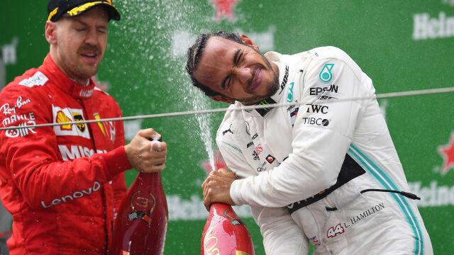 Hamilton wygrał historyczny wyścig. Kubica dojechał do mety