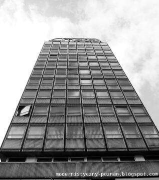 W wieżowcach okna są uchylne