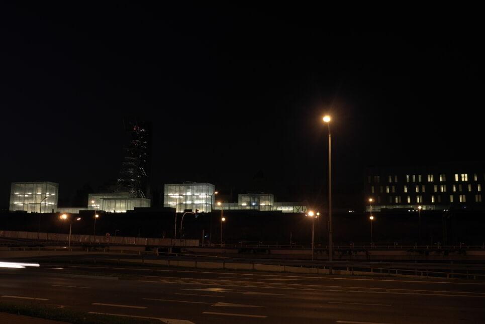 Nowa siedziba muzeum w nocy
