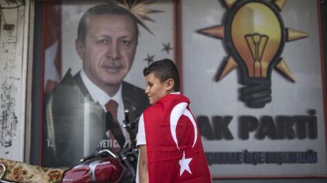 Erdogan apeluje do rodaków: rzućcie papierosy i napijcie się herbaty