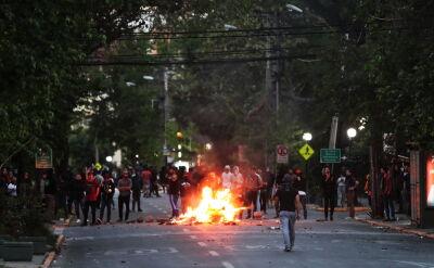 W zamieszkach w Santiago zginęło 7 osób