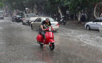 Ulewne deszcze w Kairze. W środę zginęło siedem osób