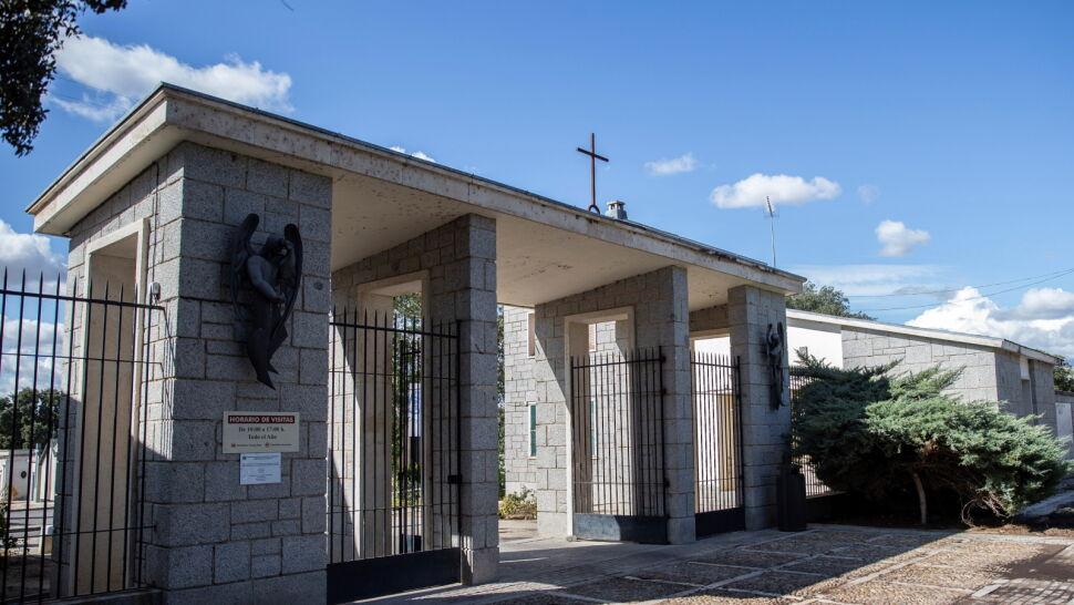 """Przeor sprzeciwia się ekshumacji Franco. """"Władze państwowe okupują teren bazyliki"""""""