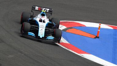 Kubica kiedyś tam był drugi. Formuła 1 przyjechała do Brazylii