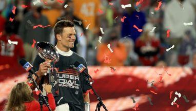 Niespodzianka w Super Bowl. Legenda śrubuje rekordy