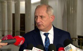 Neumann: obciążamy telewizję publiczną odpowiedzialnością za podnoszenie poziomu agresji w debacie politycznej