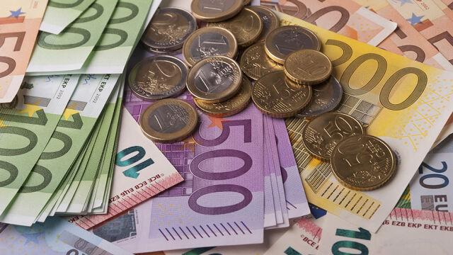 Premier o euro: nie ma zmiany naszego podejścia