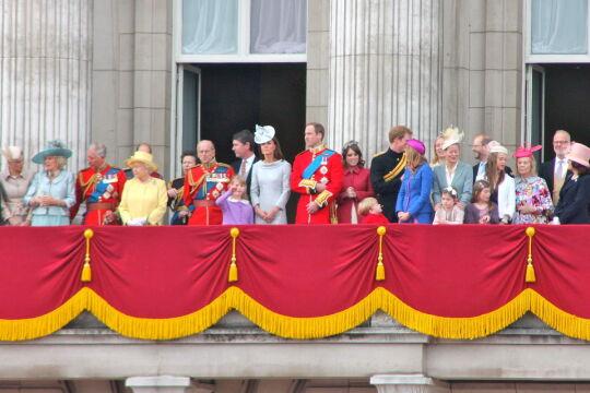 Rodzina królewska na balkonie Pałacu Buckingham, 2012