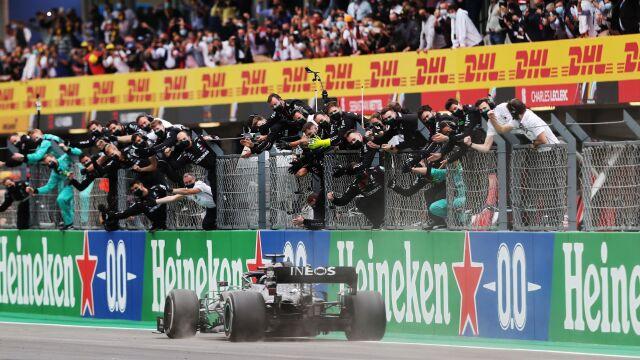 Lewis Hamilton bezkonkurencyjny na torze w Portugalii