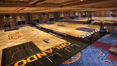 Koszykarze NBA mają dość posiłków na Florydzie. Czekają na wizytę w restauracji