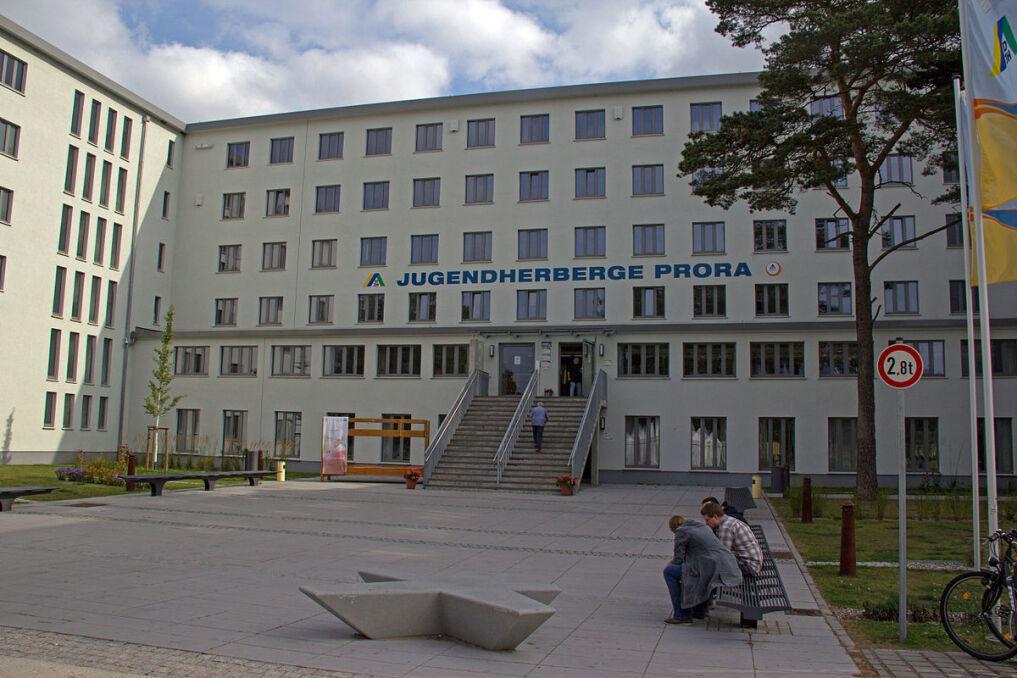 """Część """"Kolosa"""" została przekształcona w hostel. Uważany on jest za najdłuższy na świecie"""