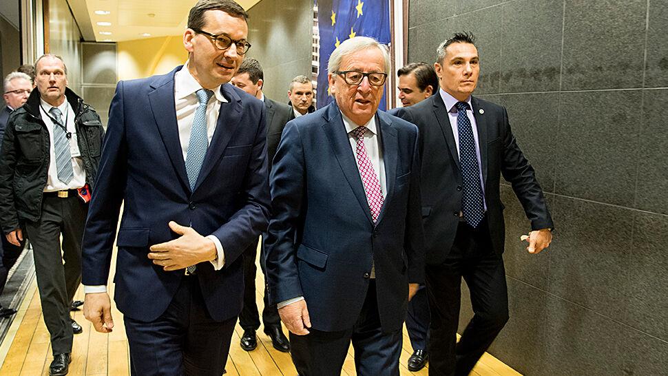Długa rozmowa Morawieckiego  z Junckerem. Liczą na postęp do końca lutego