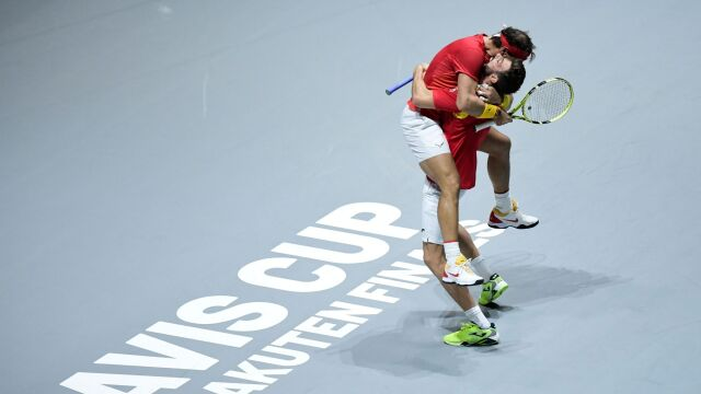 Nadal poprowadził Hiszpanów. Triumf w Pucharze Davisa coraz bliżej