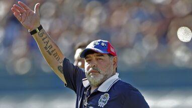 Maradona wytrzymał tylko osiem kolejek.