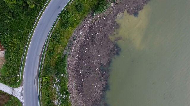 Jezioro Rożnowskie jak wysypisko śmieci